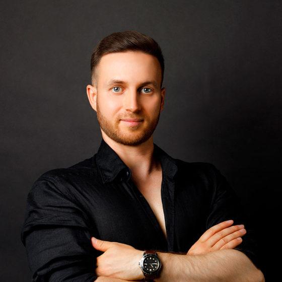 Андрей Джигов, массажист